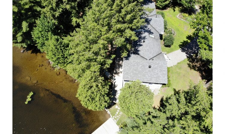 Aerial image of beautiful year-round Bala Bay cottage.