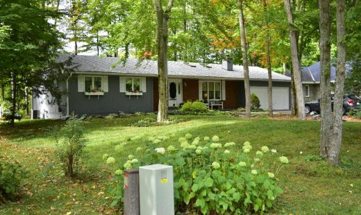 Three bedroom home in quiet cul-de-sac in Gravenhurst